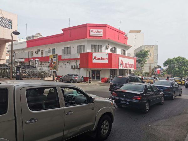 Auchan et ses collaborateurs sénégalais ne doivent pas être nos ennemis ! 🇸🇳🇸🇳